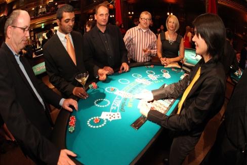 как играют в блэкджек в казино