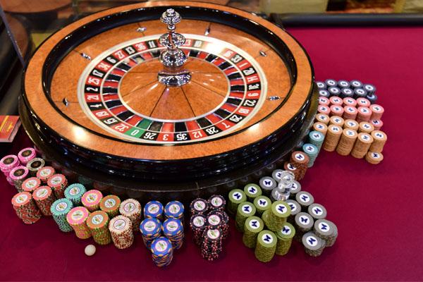 казино фишки деньги
